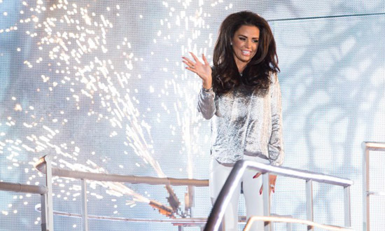 katie-price-vincitrice-celebrity-big-brother