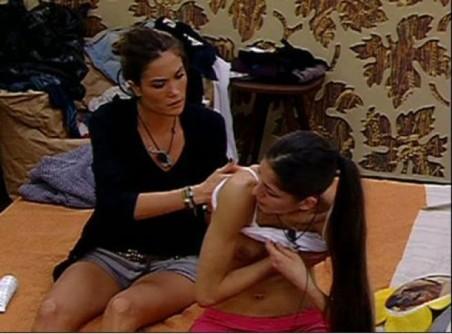 Topless Adriana Peluso Grande Fratello 12